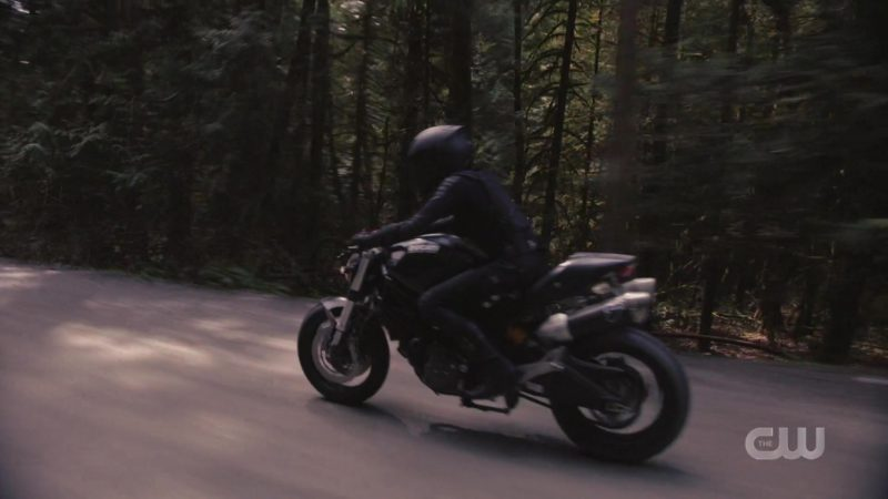 Ducati Motorcycle in Supergirl - Season 4, Episode 21, Red Dawn (2019) - TV Show Product Placement