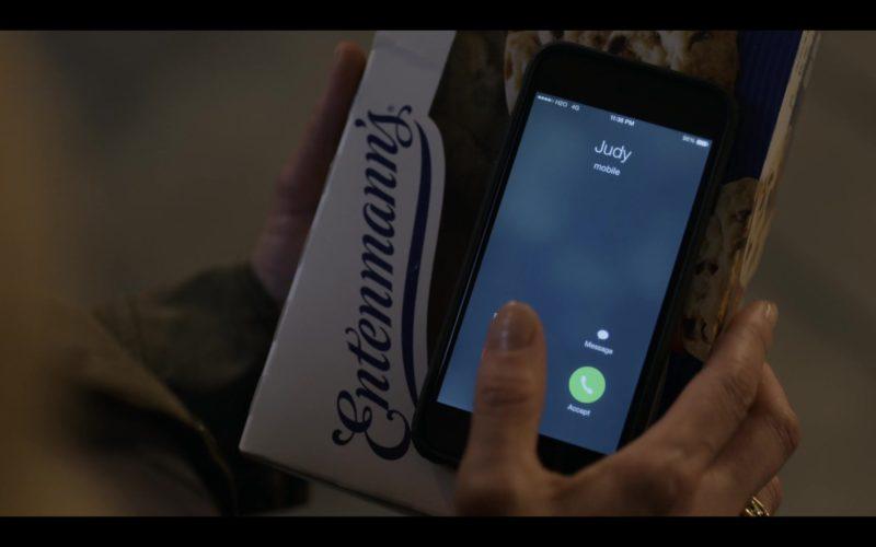 Entenmann's in Dead to Me – Season 1, Episode 1 (5)