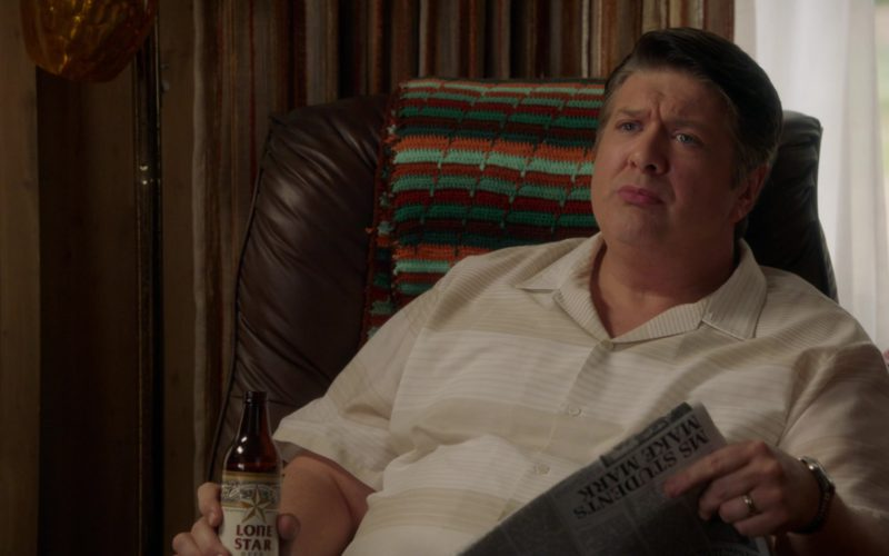 Lone Star Beer Drunk by Lance Barber in Young Sheldon (2)