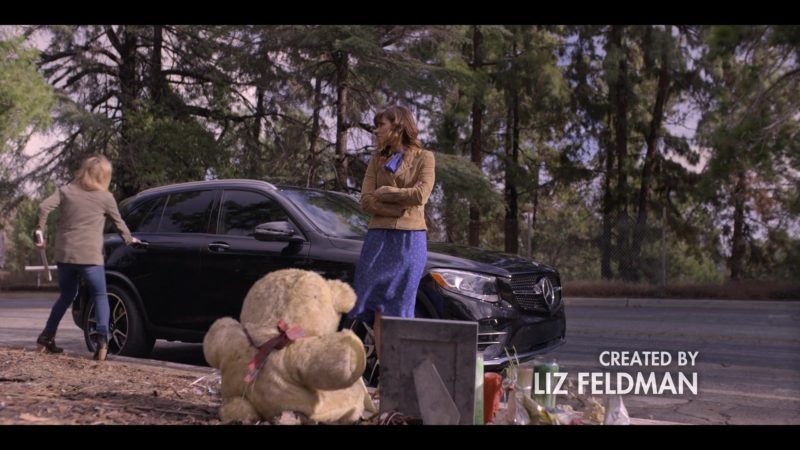 Mercedes-Benz GLC AMG 43 4MATIC SUV Used by Christina Applegate in Dead to Me - Season 1, Episode 6 (2019) - TV Show Product Placement
