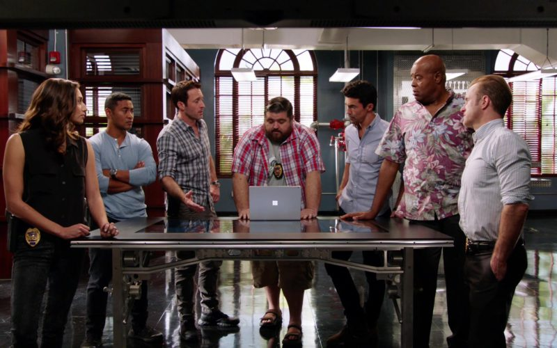 Microsoft Surface Notebook Used by Jorge Garcia in Hawaii Five-0 (2)