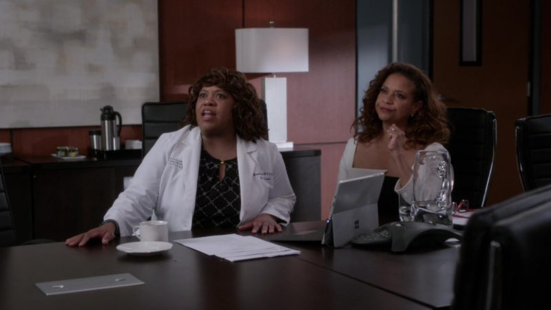 Microsoft Surface Tablets in Grey's Anatomy - Season 15, Episode 25, Jump Into the Fog (2019) - TV Show Product Placement