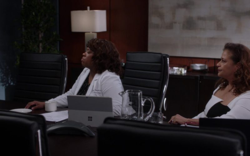 Microsoft Surface Tablets in Grey's Anatomy (3)