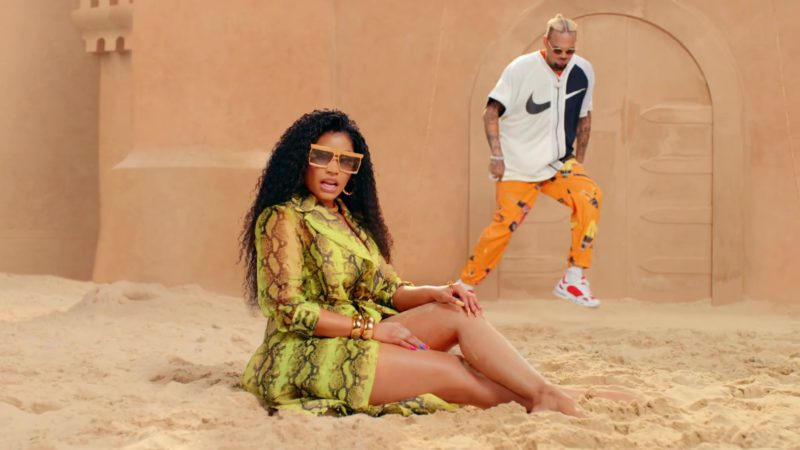 "Nike Black & White Short Sleeve Shirt Worn by Chris Brown in ""Wobble Up"" ft. Nicki Minaj, G-Eazy (2019) - Official Music Video Product Placement"