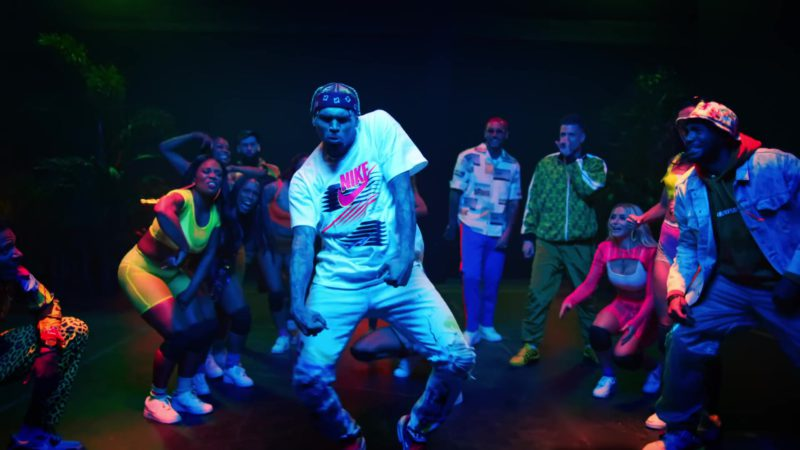 """Nike White Tee With Pink Logo Worn by Chris Brown in """"Wobble Up"""" ft. Nicki Minaj, G-Eazy (2019) - Official Music Video Product Placement"""