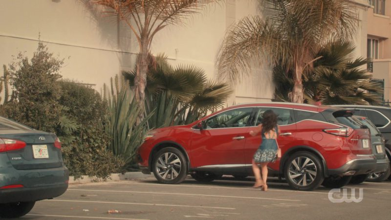 Nissan Murano Luxury Crossover Used by Gina Alexis Rodriguez (Jane Gloriana Villanueva) in Jane the Virgin - Season 5, Episode 10, Chapter Ninety-One (2019) TV Show Product Placement