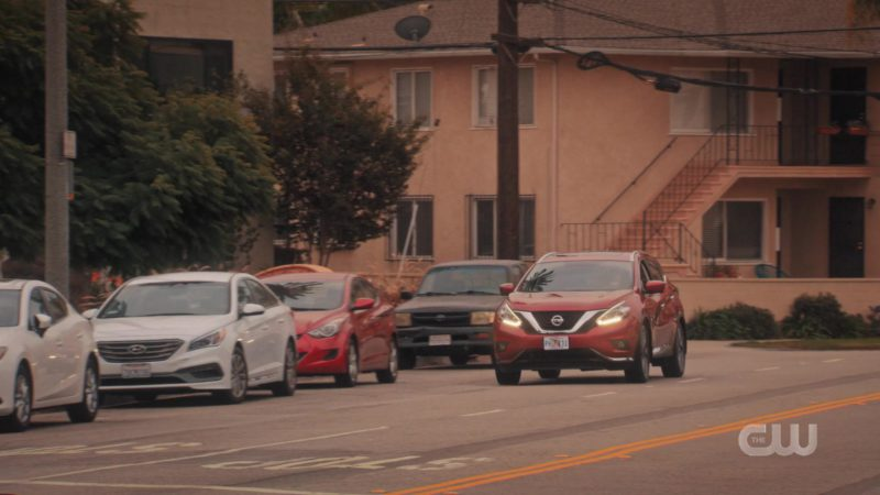 Nissan Murano Red Car Used by Gina Rodriguez in Jane the Virgin - Season 5, Episode 8, Chapter Eighty-Nine (2019) TV Show Product Placement