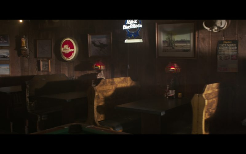 Old Milwaukee & Pabst Blue Ribbon Beer Signs in Captain Marvel (2)