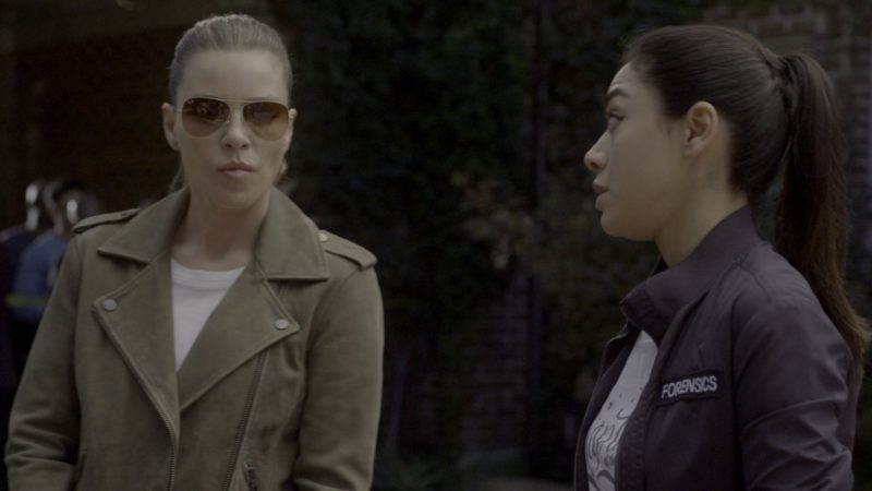 Ray-Ban Women's Sunglasses Worn by Lauren German in Lucifer - Season 4, Episode 5, Expire Erect (2019) - TV Show Product Placement