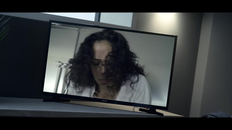 Samsung TV in Chambers - Season 1, Episode 9, In the Gloaming (2019) TV Show Product Placement
