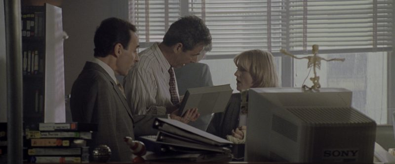 Sony Computer Monitor in Godzilla (1998) - Movie Product Placement