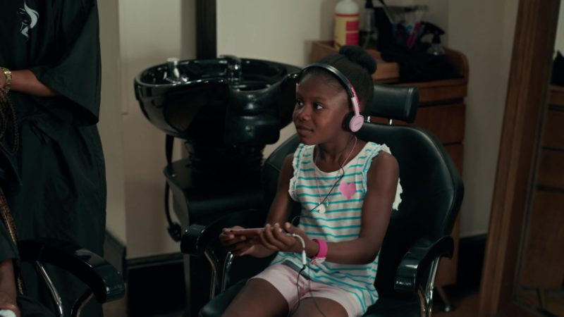 Sony Pink Headphones in She's Gotta Have It - Season 2, Episode 3, #LuvStings (2019) - TV Show Product Placement