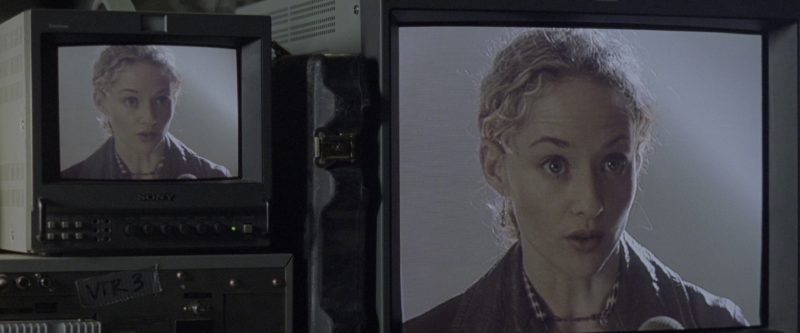 Sony TVs in Godzilla (1998) - Movie Product Placement