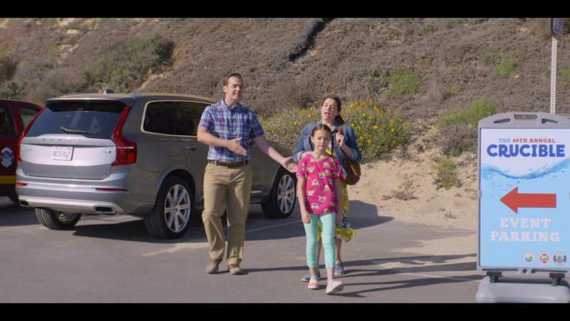 Volvo SUV in Malibu Rescue (2019) - Movie Product Placement
