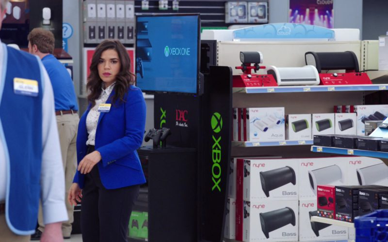 Xbox and Nyne Portable Speakers in Superstore (1)