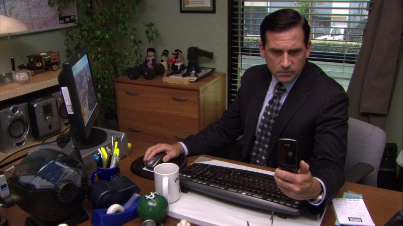 "AT&T Mobile Phone Used by Steve Carell (Michael Scott) in The Office – Season 7, Episode 1, ""Nepotism"" (2010) - TV Show Product Placement"