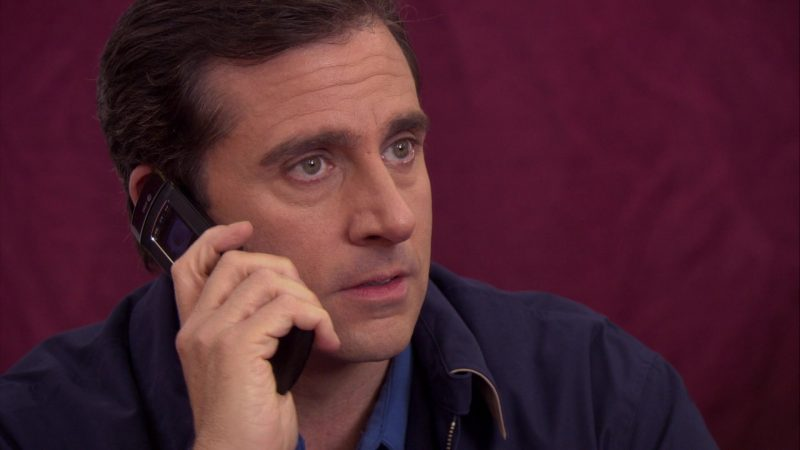 "LG Mobile Phone Used by Steve Carell (Michael Scott) in The Office – Season 4, Episode 17, ""Job Fair"" (2008) - TV Show Product Placement"