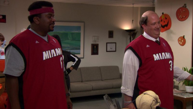 """Adidas x Miami Heat NBA Jerseys Worn by Craig Robinson (Darryl Philbin) & Brian Baumgartner (Kevin Malone) in The Office – Season 8, Episode 5, """"Spooked"""" (2011) - TV Show Product Placement"""
