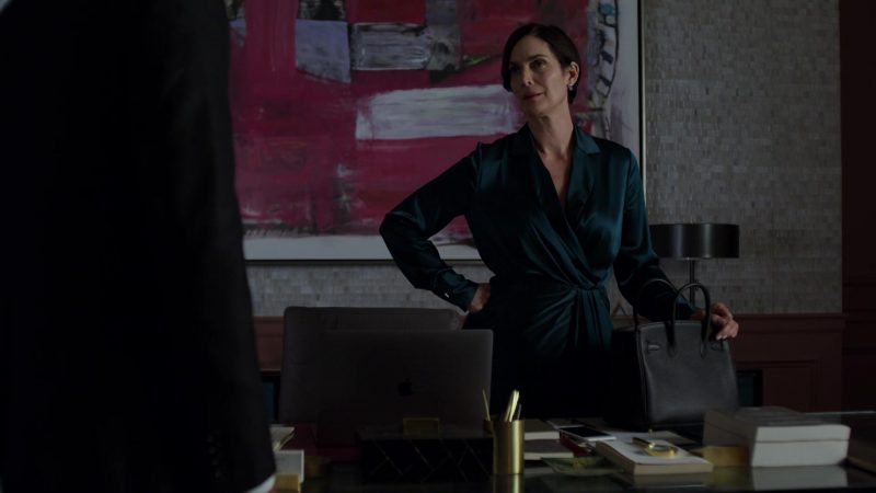 """Apple MacBook Laptop Used by Carrie-Anne Moss in Jessica Jones - Season 3, Episode 4, """"A.K.A Customer Service is Standing By"""" (2019) - TV Show Product Placement"""