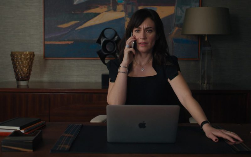 Apple MacBook Laptop Used by Maggie Siff (Wendy Rhoades) in Billions – Season 4, Episode 12 (3)