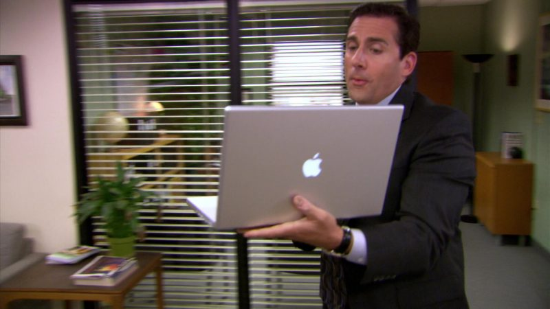 "Apple MacBook Pro Laptop Used by Steve Carell (Michael Scott) in The Office – Season 5, Episodes 1-2, ""Weight Loss"" (2008) - TV Show Product Placement"