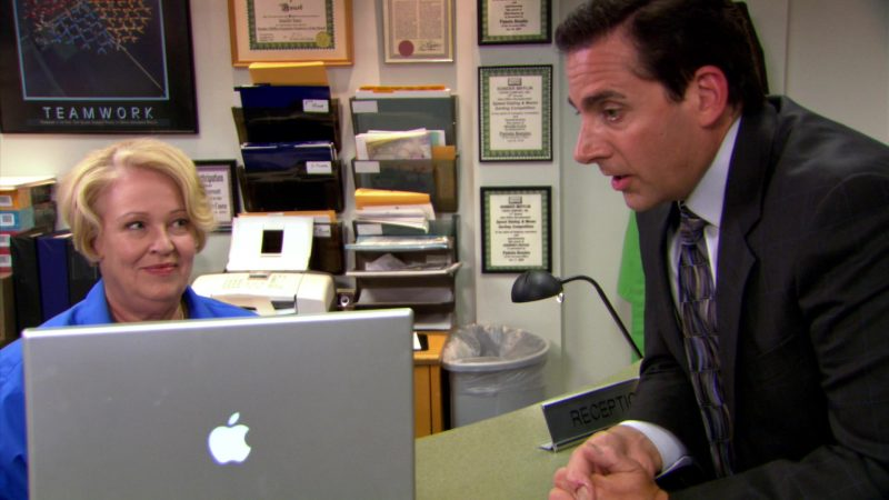 "Apple MacBook Pro Laptop Used by Steve Carell (Michael Scott) in The Office – Season 5, Episodes 1-2, ""Weight Loss"" (2008) TV Show"