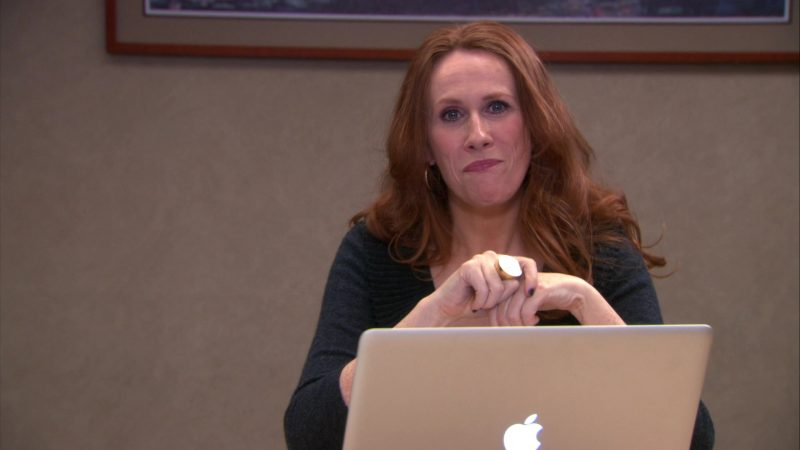 "Apple MacBook Pro Laptop Used by Catherine Tate (Nellie Bertram) in The Office – Season 9, Episode 12, ""Customer Loyalty"" (2013) - TV Show Product Placement"