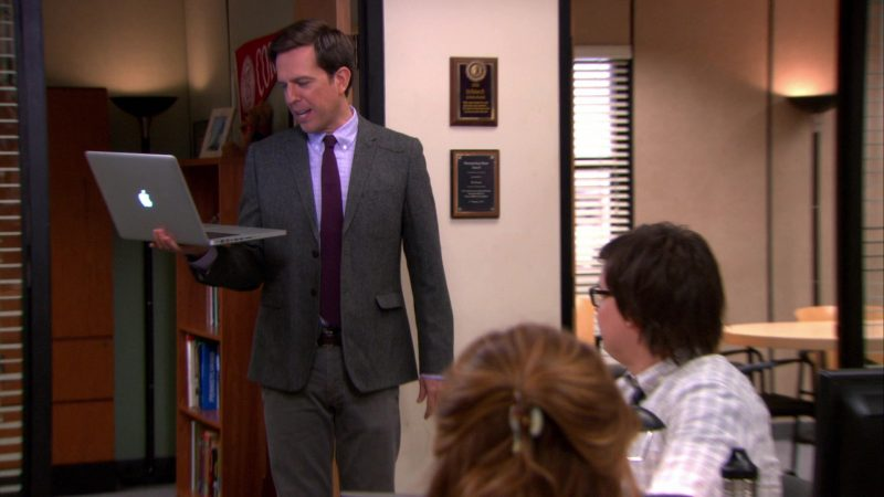 """Apple MacBook Pro Laptop Used by Ed Helms (Andy Bernard) in The Office – Season 9, Episode 18, """"Promos"""" (2013) - TV Show Product Placement"""