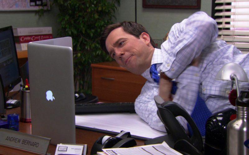Apple MacBook Pro Laptop Used by Ed Helms (Andy Bernard) in The Office (3)