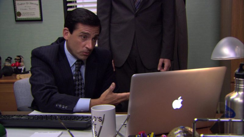 "Apple MacBook Pro Laptop Used by Steve Carell (Michael Scott) in The Office – Season 7, Episode 1, ""Nepotism"" (2010) - TV Show Product Placement"