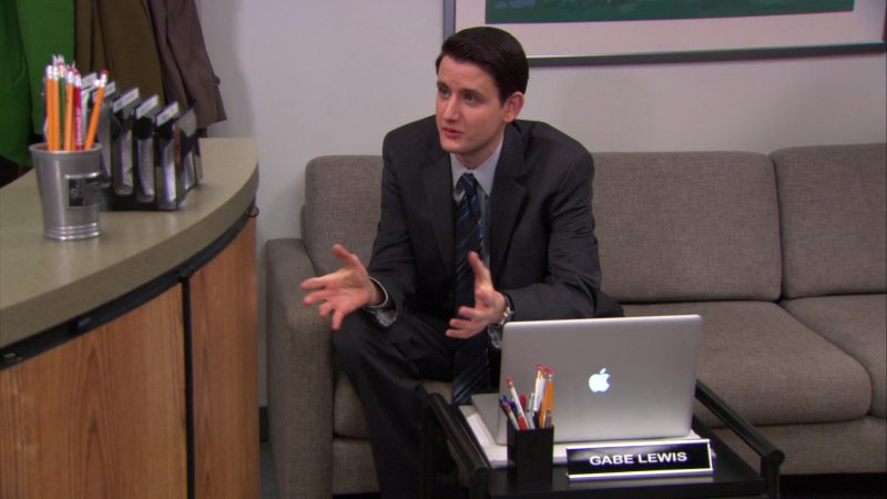 """Apple MacBook Pro Laptop Used by Zach Woods (Gabe Lewis) in The Office – Season 9, Episode 16, """"Moving On"""" (2013) - TV Show Product Placement"""