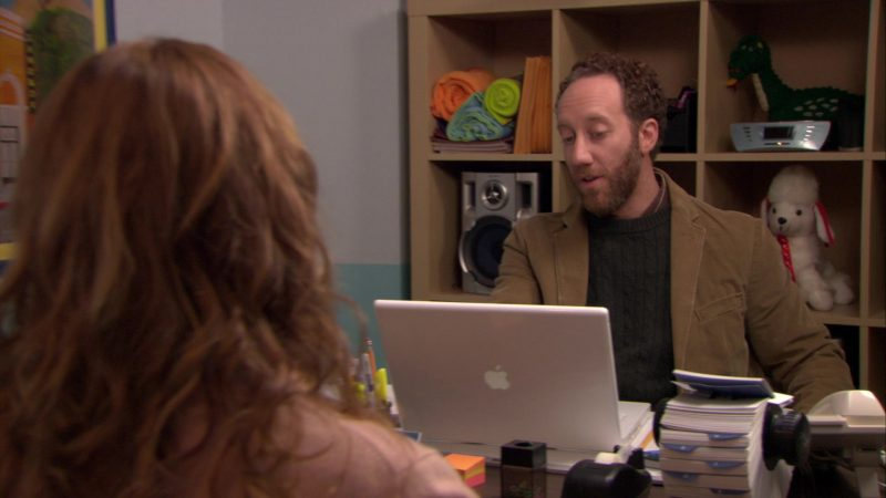 "Apple MacBook White Laptop Used by Joey Slotnick in The Office – Season 6, Episode 15, ""Sabre"" (2010) - TV Show Product Placement"