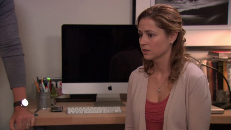 "Apple iMac Computer in The Office – Season 7, Episode 8, ""Viewing Party"" (2010) - TV Show Product Placement"