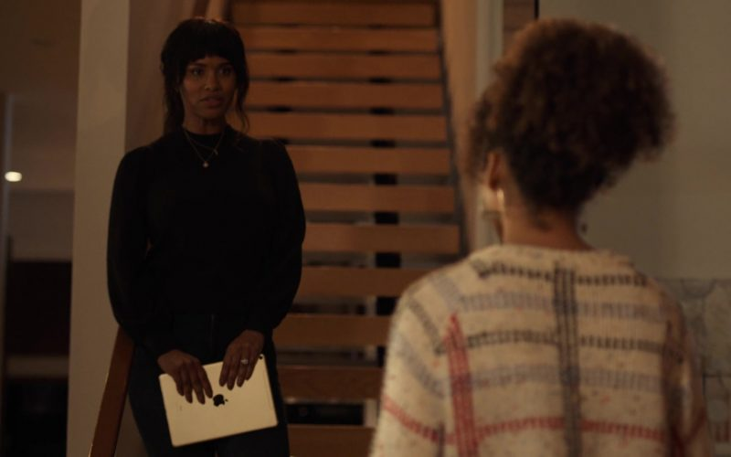 Apple iPad Tablet Held by Joy Bryant in Trinkets (4)