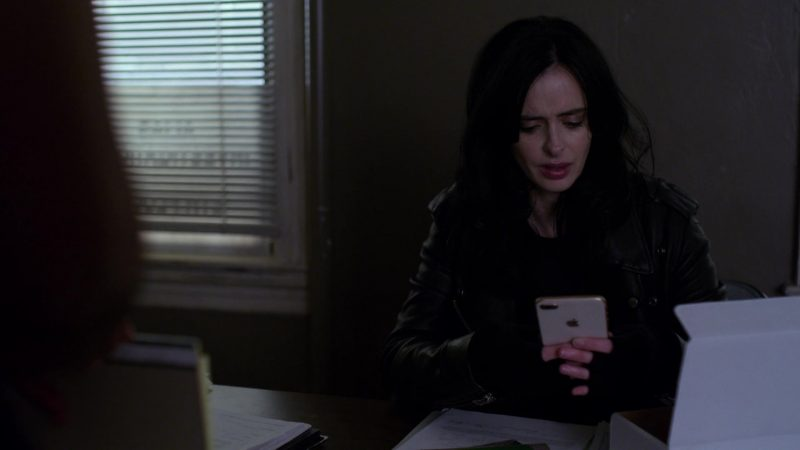 """Apple iPhone White Smartphone Used by Krysten Ritter in Jessica Jones - Season 3, Episode 10, """"A.K.A Hero Pants"""" (2019) - TV Show Product Placement"""