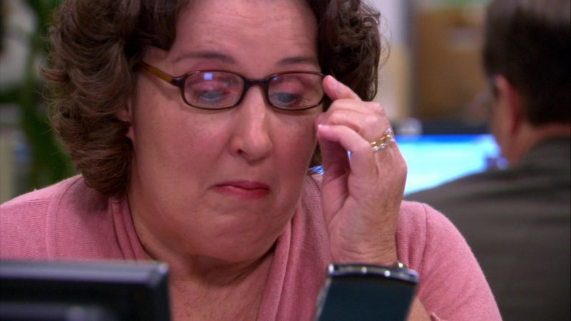 "Blackberry Mobile Phone Used by Phyllis Smith (Phyllis Vance) in The Office – Season 4, Episodes 3-4, ""Dunder Mifflin Infinity"" (2007) - TV Show Product Placement"