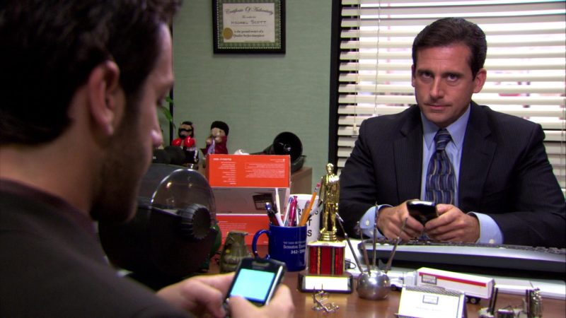 """Blackberry Mobile Phone Used by Steve Carell (Michael Scott) in The Office – Season 4, Episodes 3-4, """"Dunder Mifflin Infinity"""" (2007) - TV Show Product Placement"""
