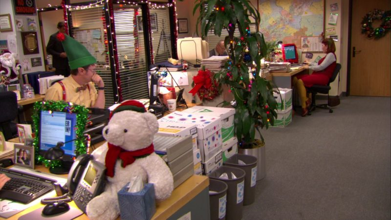 "Boise Fireworx Paper Boxes in The Office – Season 6, Episode 13, ""Secret Santa"" (2009) - TV Show Product Placement"