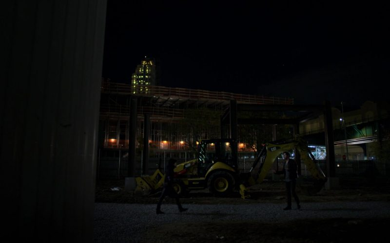 Cat Excavator in Jessica Jones (1)