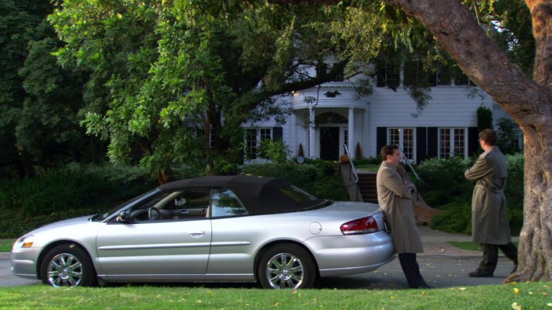 """Chrysler Sebring Convertible Car Used by Steve Carell (Michael Scott) in The Office – Season 3, Episode 7, """"Branch Closing"""" (2006) - TV Show Product Placement"""