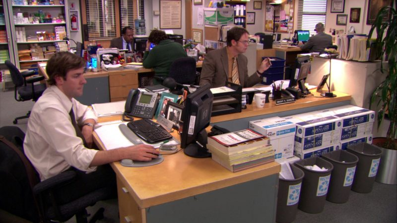 "Cisco Phone, HP Monitors and Boise Paper in The Office – Season 5, Episode 16, ""Lecture Circuit: Part 1"" (2009) - TV Show Product Placement"