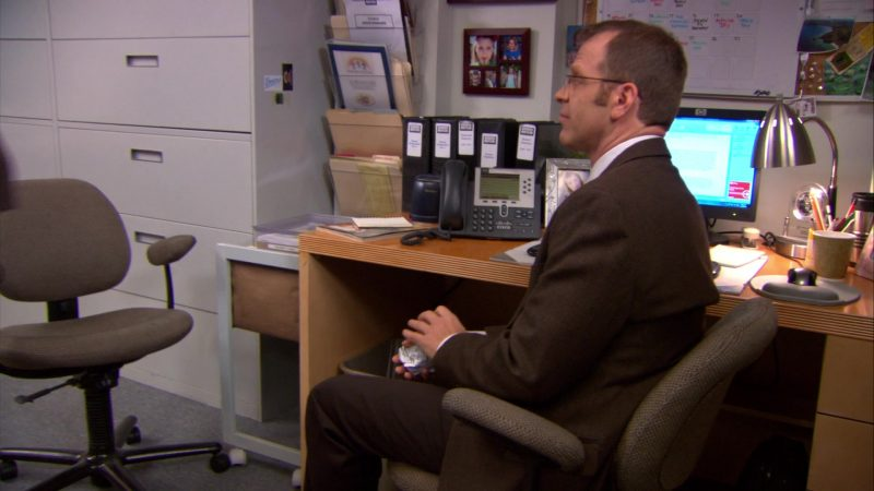 "Cisco Phone and HP Monitor Used by Paul Lieberstein (Toby Flenderson) in The Office – Season 9, Episode 16, ""Moving On"" (2013) TV Show"