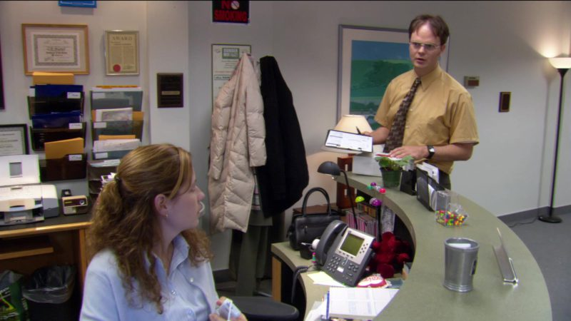 """Cisco Telephone Used by Jenna Fischer (Pam Beesly) in The Office – Season 2, Episode 12, """"The Injury"""" (2006) TV Show Product Placement"""