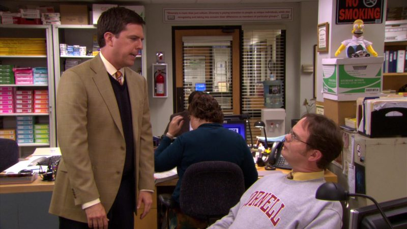 "Cornell University Grey Sweatshirt Worn by Rainn Wilson (Dwight Schrute) in The Office – Season 5, Episode 6, ""Employee Transfer"" (2008) - TV Show Product Placement"