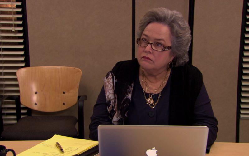 DG Women's Eyeglasses Worn by Kathy Bates (Jo Bennett) and Apple MacBook Pro Laptop