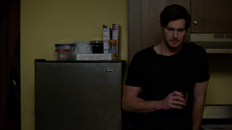 """Danby Refrigerator in Jessica Jones - Season 3, Episode 11, """"A.K.A Hellcat"""" (2019) - TV Show Product Placement"""
