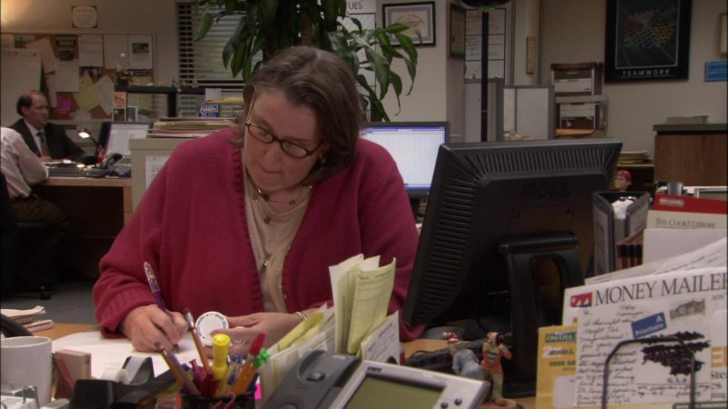 """Dell Computer Monitor Used by Phyllis Smith (Phyllis Vance)  in The Office - Season 1, Episode 3, """"Health Care"""" (2005) TV Show"""