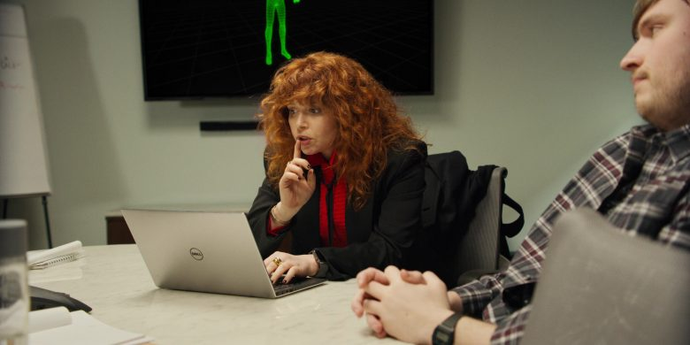 "Dell Notebook Used by Natasha Lyonne (as Nadia Vulvokov) in Russian Doll - Season 1, Episode 2, ""The Great Escape"" (2019) - TV Show Product Placement"