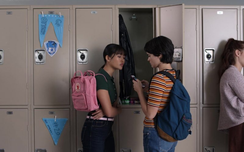 Fjallraven Kanken Pink Backpack Used by Haley Tju in Trinkets (1)