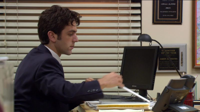 "Gateway Computer Monitor Used by B. J. Novak (Ryan Howard) in The Office – Season 2, Episode 6, ""The Fight"" (2005) - TV Show Product Placement"